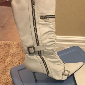 Steve Madden 7.5 White Boots